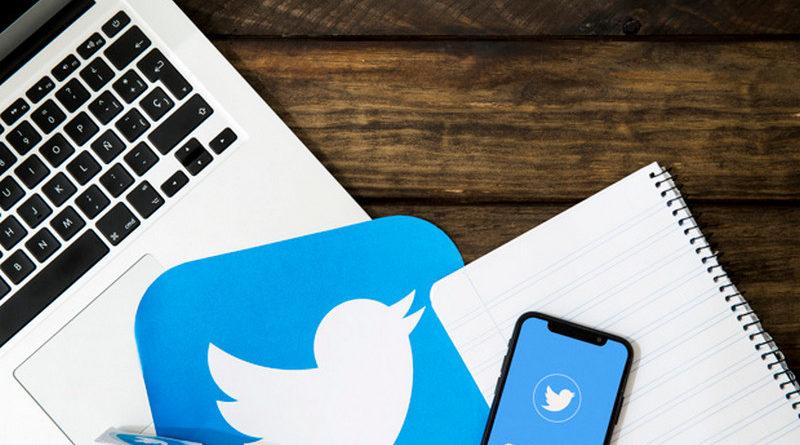 ayda con twitter en las redes sociales